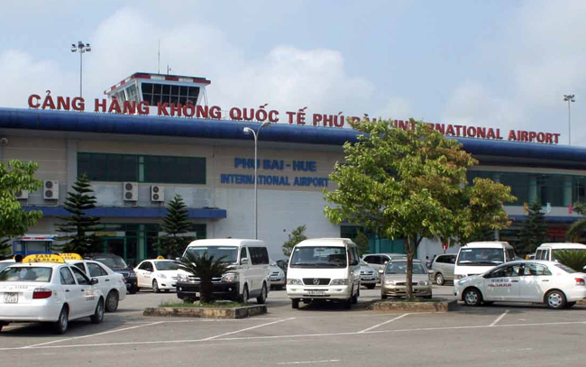 Thua Thien Hue backs new airline routes
