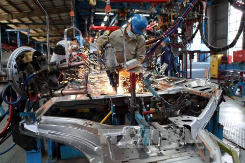Industrial production slows down in January