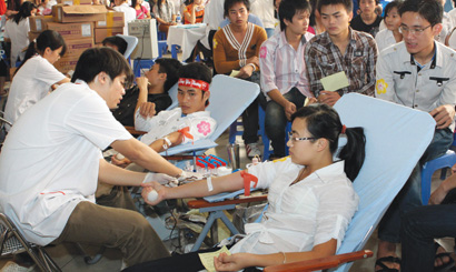 Country honours blood donors