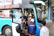 City gives Tết bus tickets to disadvantaged workers