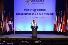 Philippine President issues ASEAN Chairmans statement