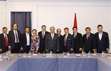 PM meets Vietnamese delegation to UN Vietnamese businesses
