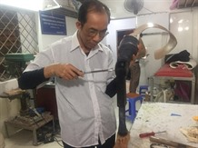 Veteran brings hope and artificial limbs to people living with disabilities