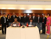 VN Indonesia sign cooperation agreements